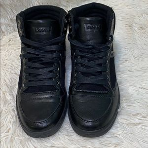 Levi Strauss & Co High Top Black Leather Shoes